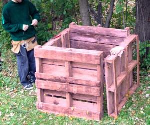 wooden pallet bin